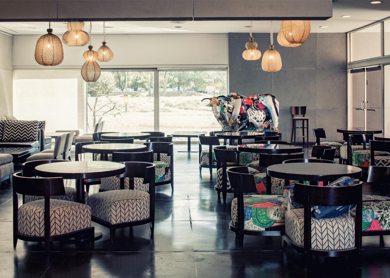 MAIN-cafe3