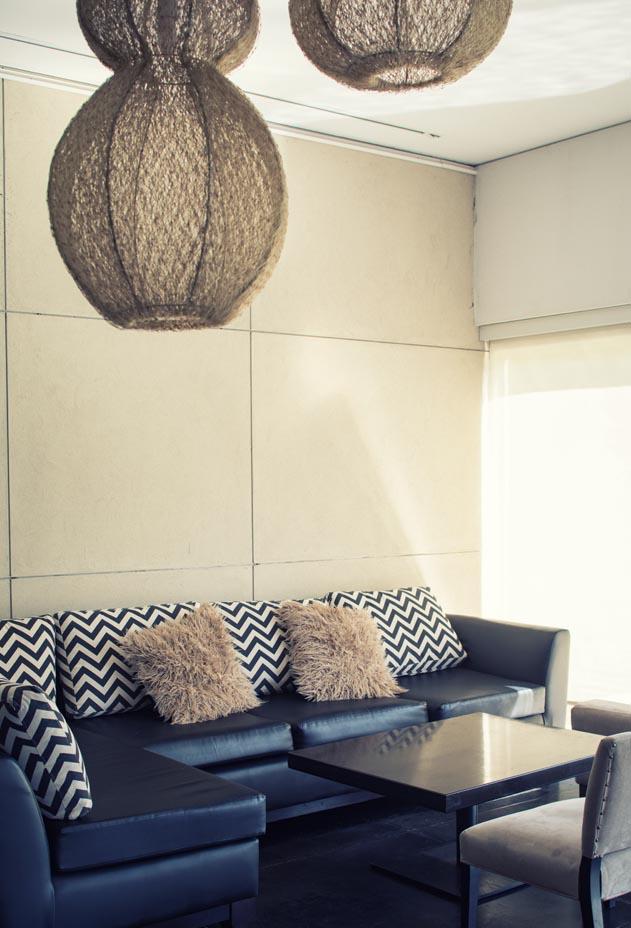 MAIN-vertical-cafe7